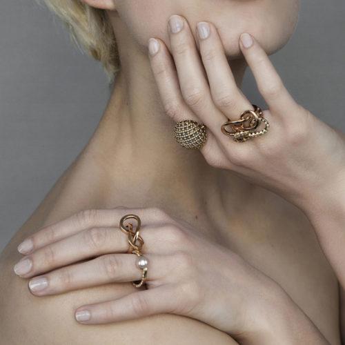 geraldine-valluet-moebius-cabochon-nude-ors-rose-jaune2016-02-recadr
